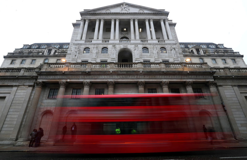 Bank of England to keep rates steady after market U-turn
