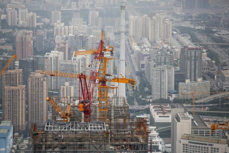 Beijing to shut 1,000 manufacturing firms by 2020 - Xinhua