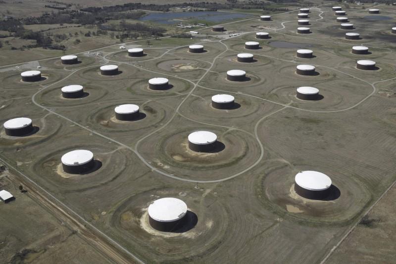 Big crude oil margins should boost U.S. refiner earnings