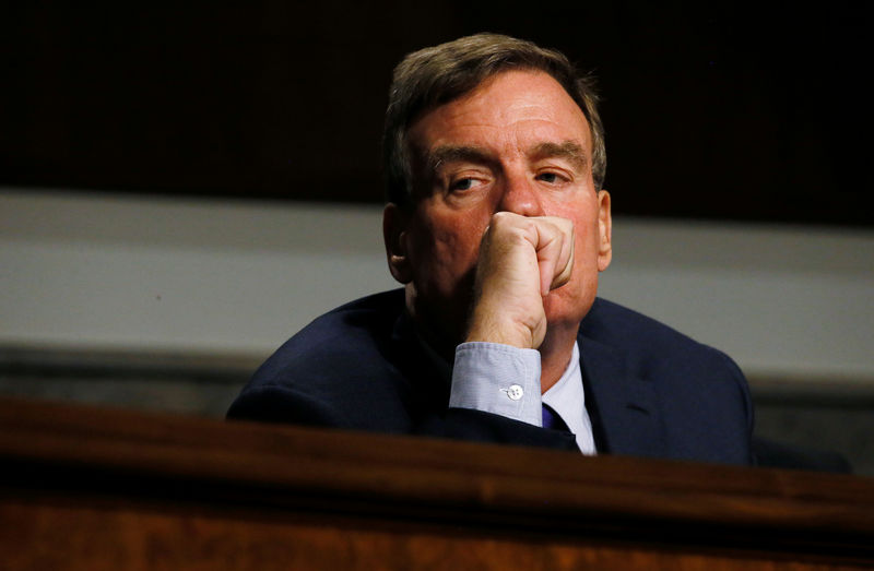 U.S. senator adds to pressure on Pentagon to clean up military housing
