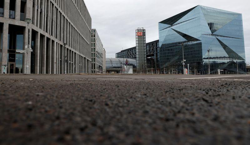 Exclusive-German institutes to slash growth outlook on bottlenecks-sources