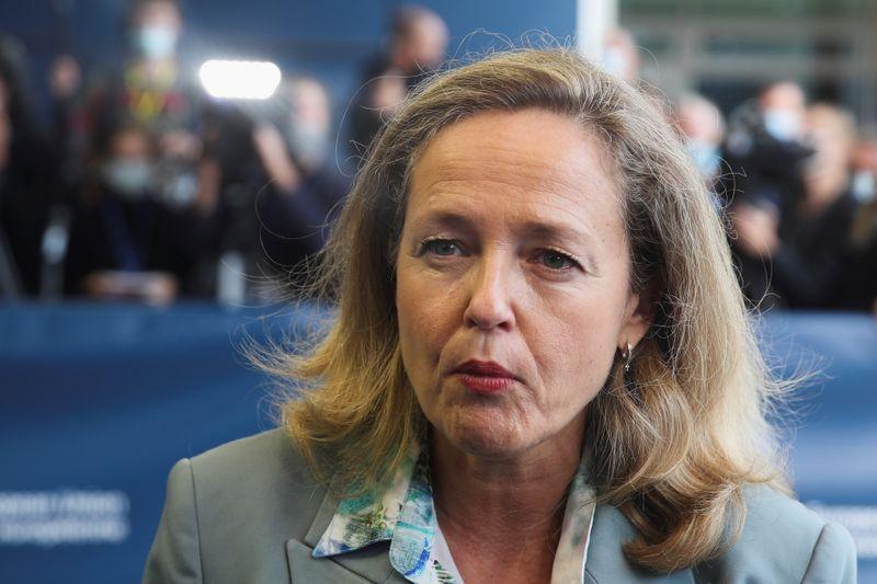 France, Spain urge pan-European response to energy price surge