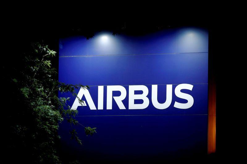 Investors eye Airbus Q4 after flat September jet deliveries