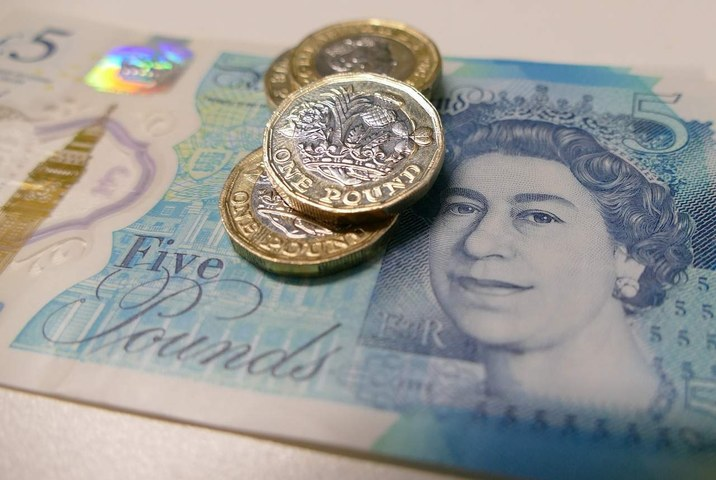 Sterling hits 3-week high versus euro, recovering from sharp sell-off